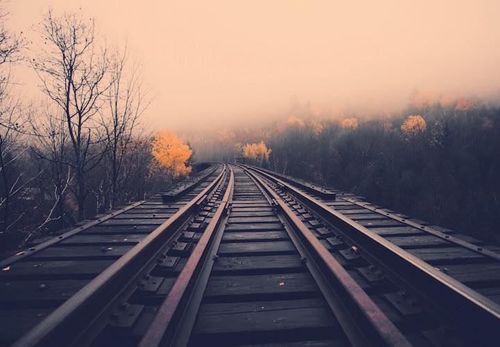 bruce_downbound_train01
